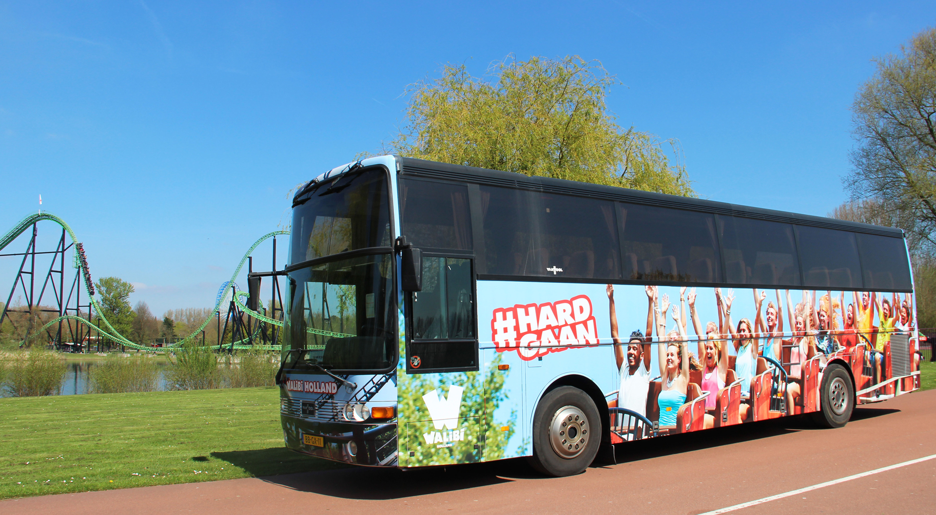 Busbestickering Milot Reizen