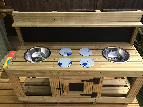 Double mud Kitchen with oven