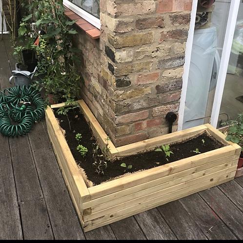 L shape planter