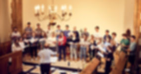 Khoros choir (c) Ben McKee