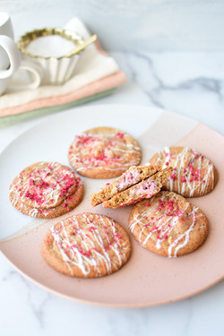 Raspberry Cheesecake Cookie
