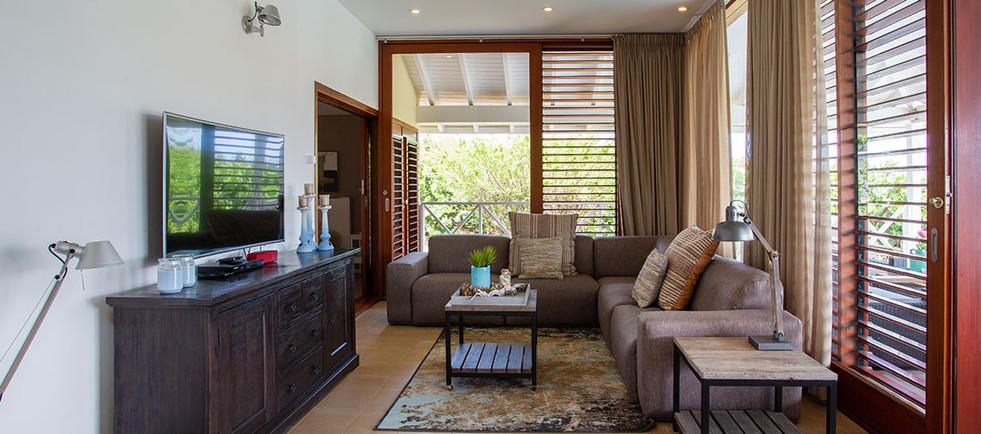 Villa013.jpg