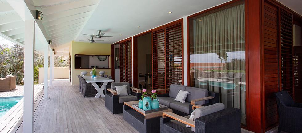 Villa020.jpg