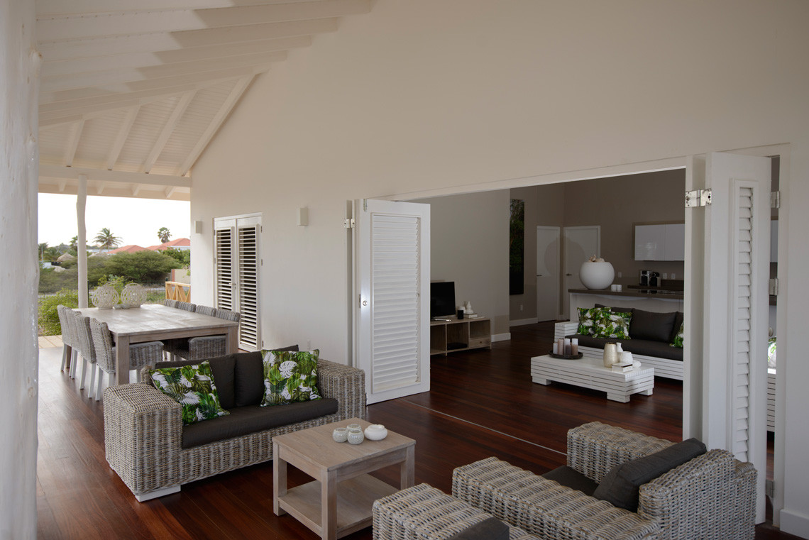 Villa Jan Thiel White-019.jpg