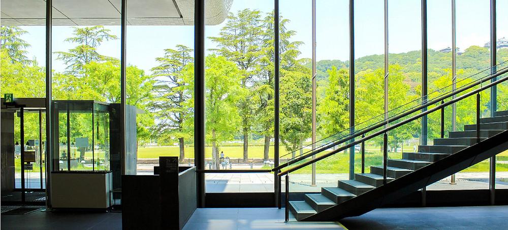 Art Curator Japan
