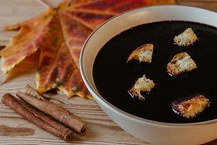 Eine wirklich leckere herbstlich - weihnachtlich süße Suppe.