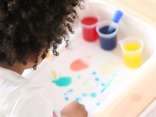 Spielend Farben lernen