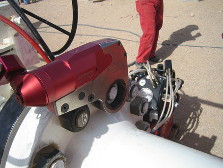 What are the accepted tolerances for Hydraulic Torque tools