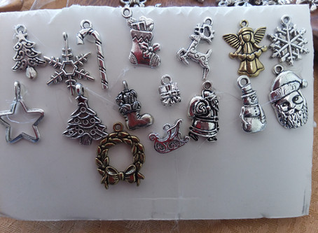 Christmas holiday charms are here!  Make great earrings/bracelet!  Plus, the elves have been busy...
