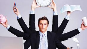 10 egenskaper som förväntas av en chefer enligt en färsk svensk undersökning