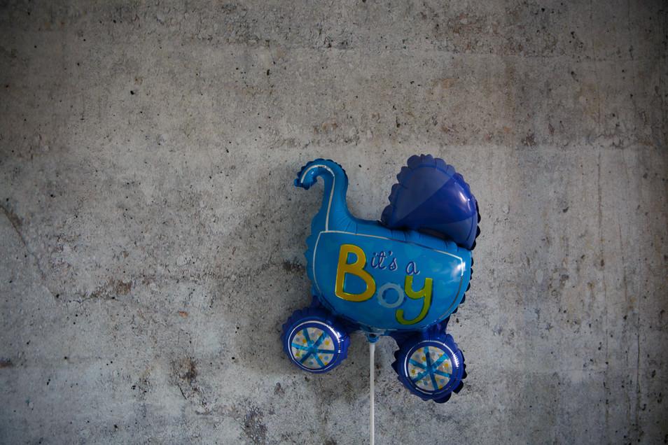 Lifestyle newborn fotoshoot Groningen