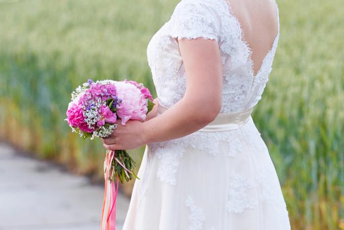 Ongedwongen bruidsfotografie Assen