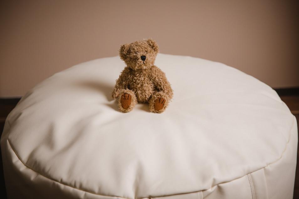 Pasgeboren baby fotoshoot in een fotostudio of bij jullie thuis