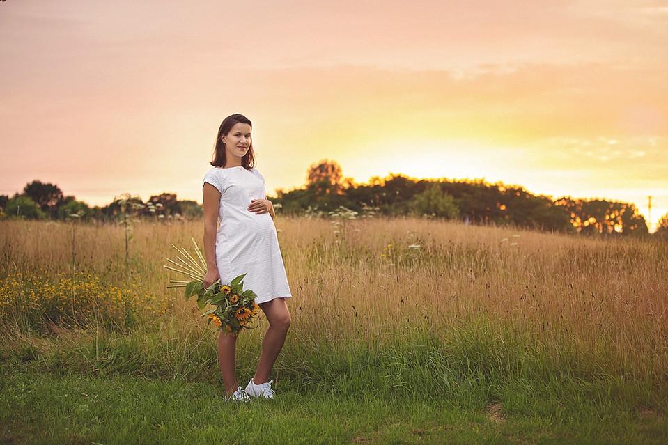 sfeervolle zwangerschapsfoto's