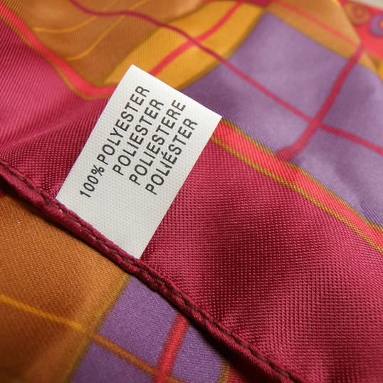 scarf-930185_1920.jpg