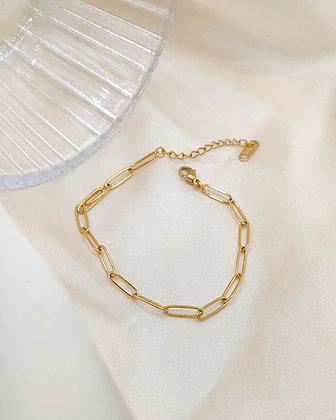 Bracelet Bias