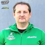 Trainer Cizek.png