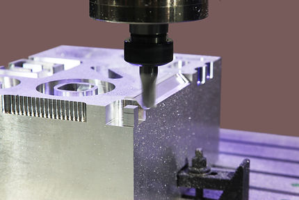 milling-aluminum-parts-PA4EJ9U.jpg