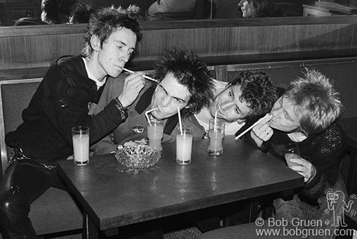 Sex Pistols 1977