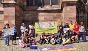 """Pfingstmontag """"Die Kirche hat die Tiere vergessen"""" Mahnwache in Freiburg"""