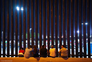 The US-Mexico border is closed. The wall as a place of memory –