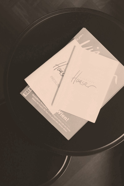 Preisliste der Weinhandlung und Vinothek Hauser