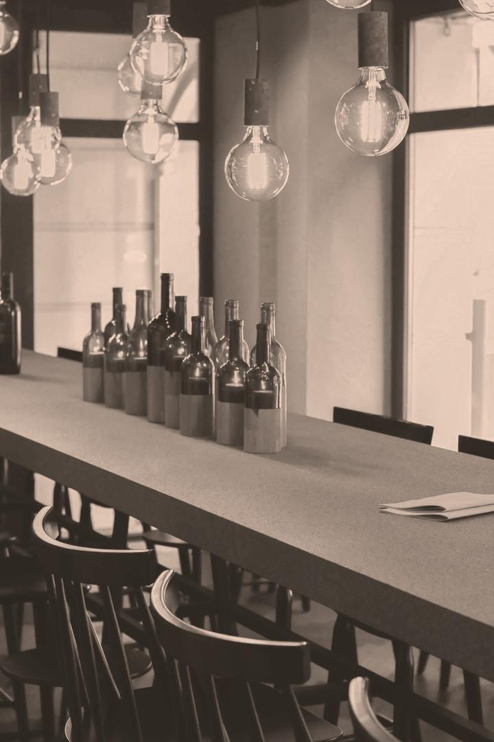 Weinhandlung Vinothek Hauser