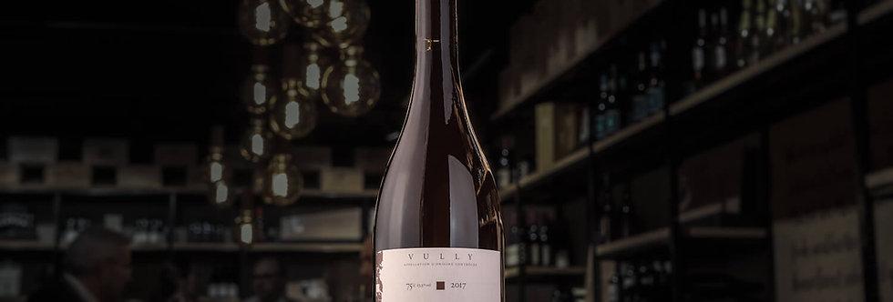 Alle Weine von Javet & Javet sind nach Demeter-Richtlinien produziert, so auch der Pinot Noir de la Chamba.
