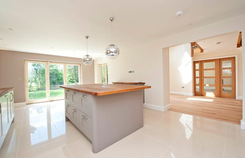 Inset 2 - Kitchen to Hall.jpg