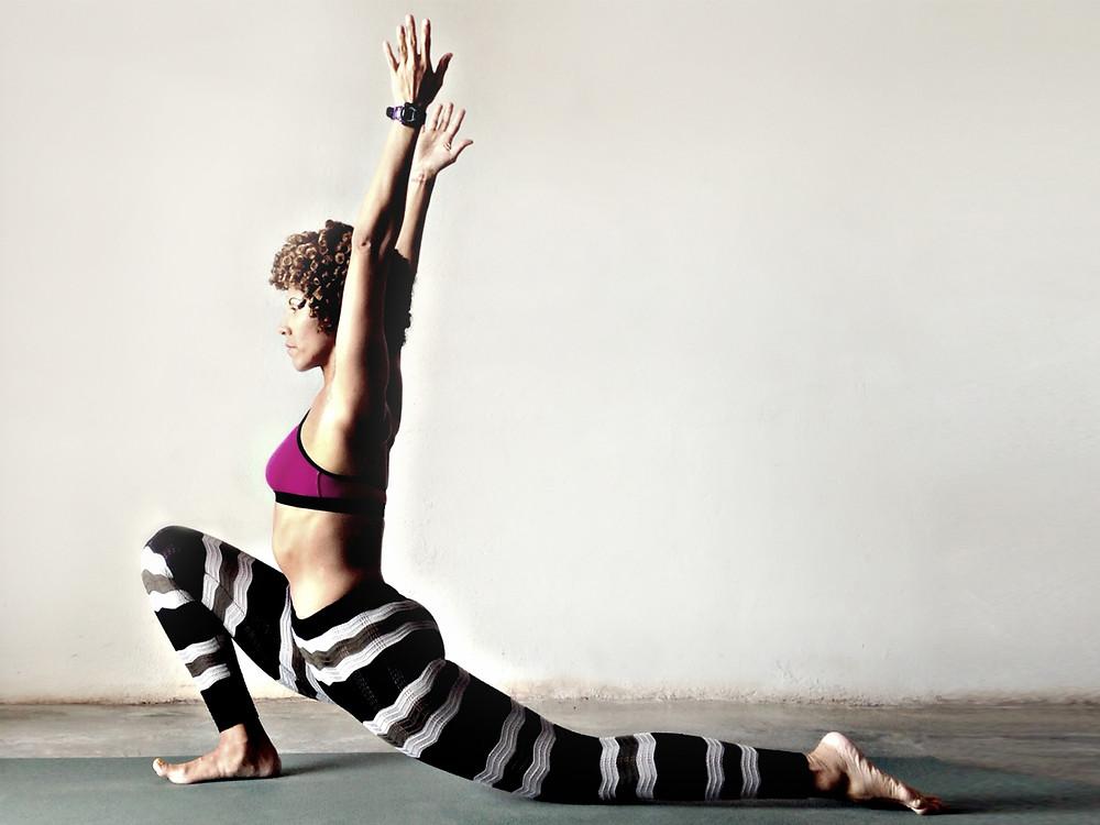 3 posturas que pueden ayudarte con la ciática   Yoga con Lidith.