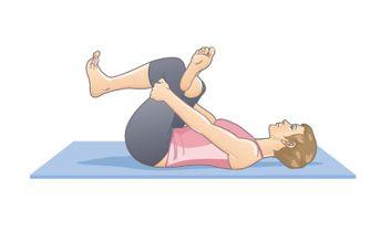 3 posturas que pueden ayudarte con la ciática   Yoga con Lidith