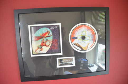 'Modern Moods' display disc