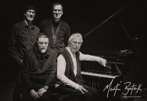 Dave Sturt, Bill Nelson, Theo Travis & Harold Budd