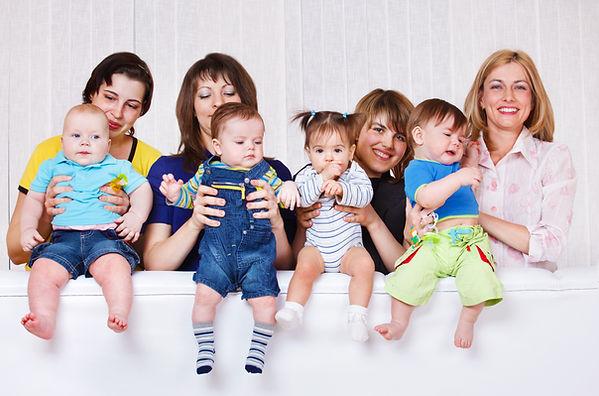 Las madres y los bebés