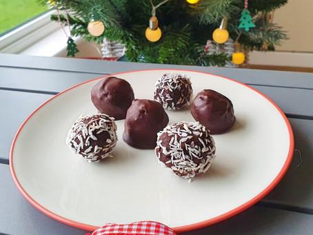 Delicious vegan & refined sugar free chocolate truffles