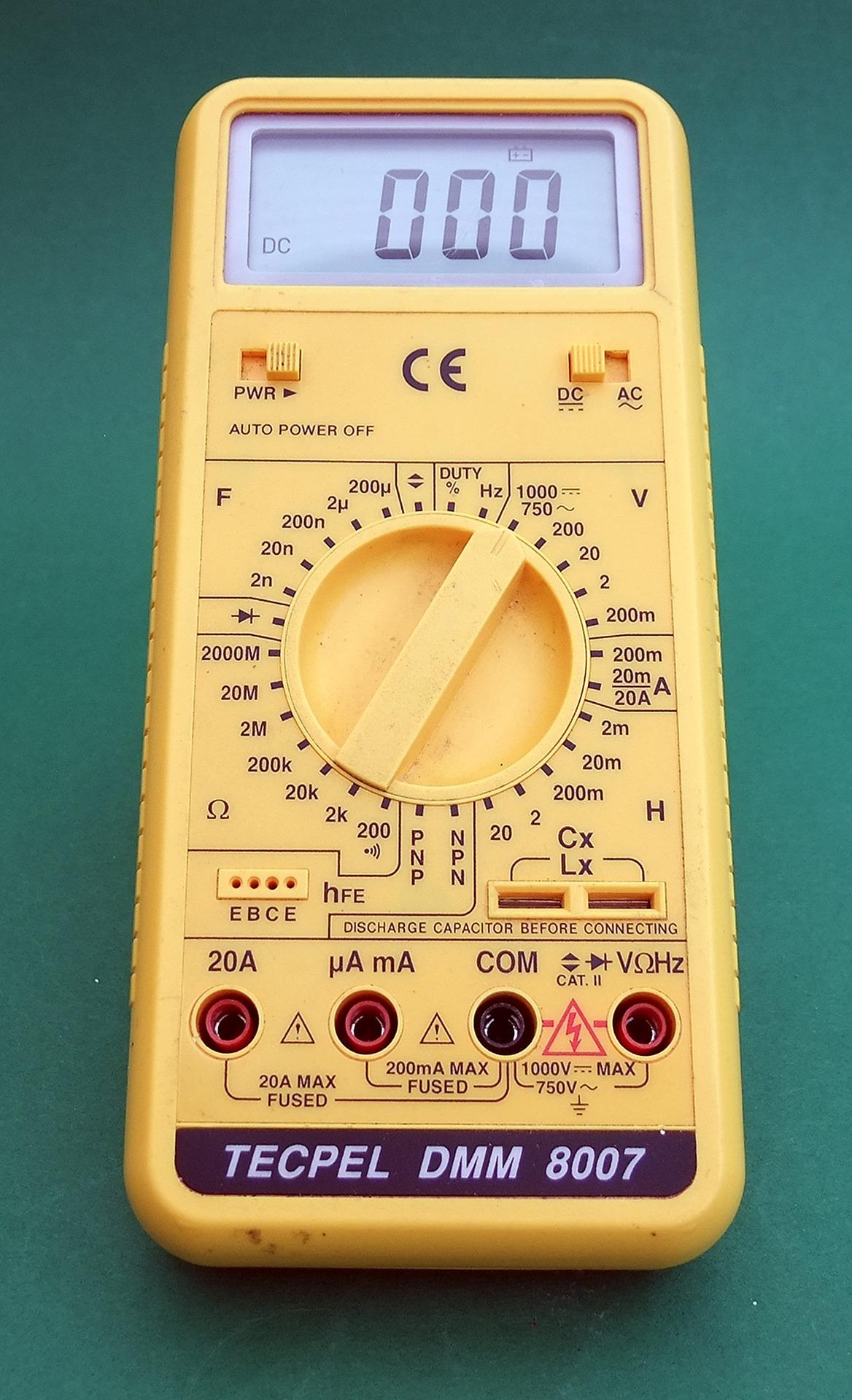 multimeter-2648619_1920.jpg