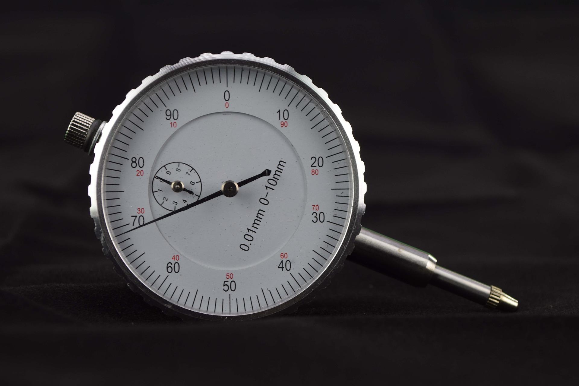 gauge-2542085_1920.jpg