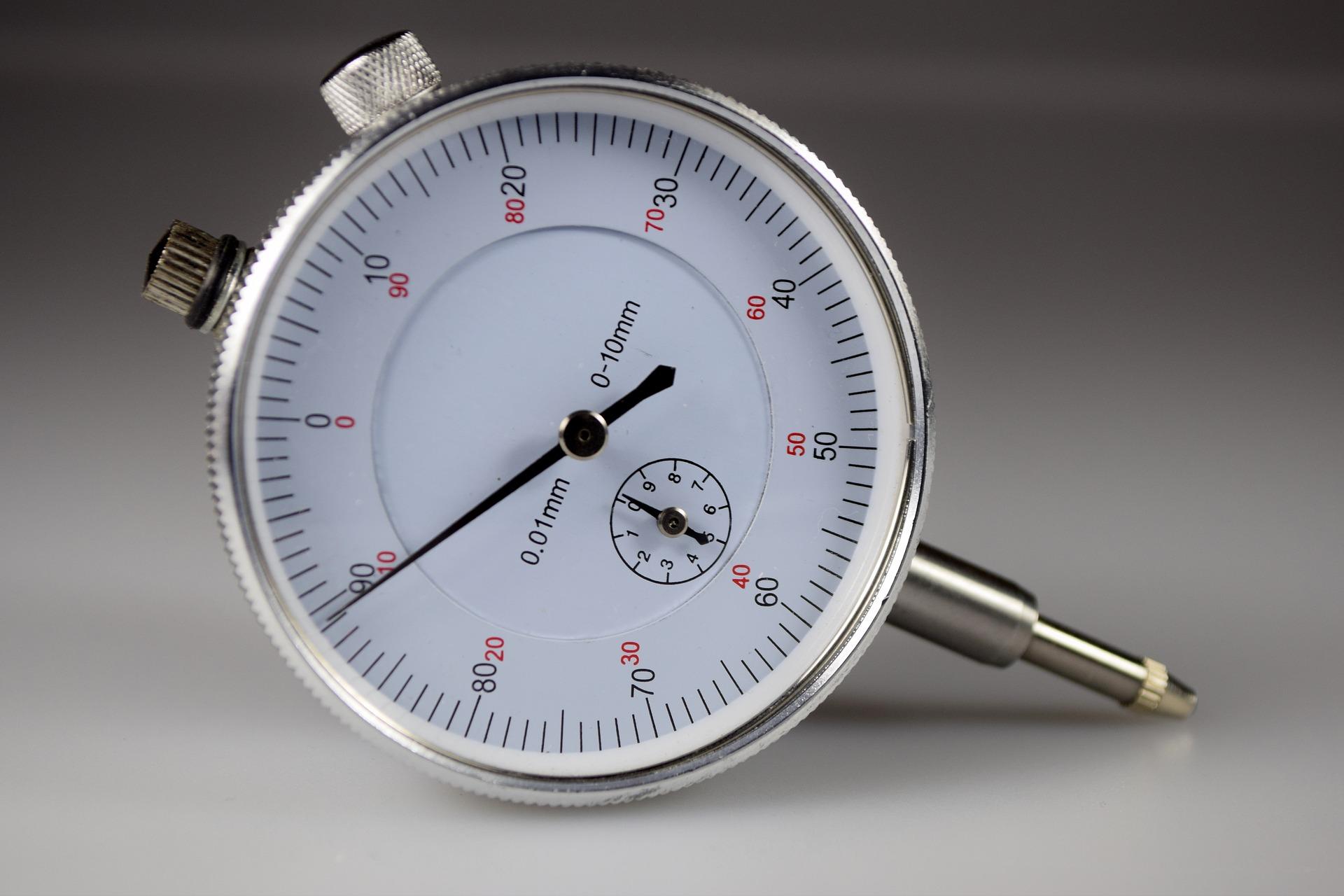 gauge-2542090_1920.jpg
