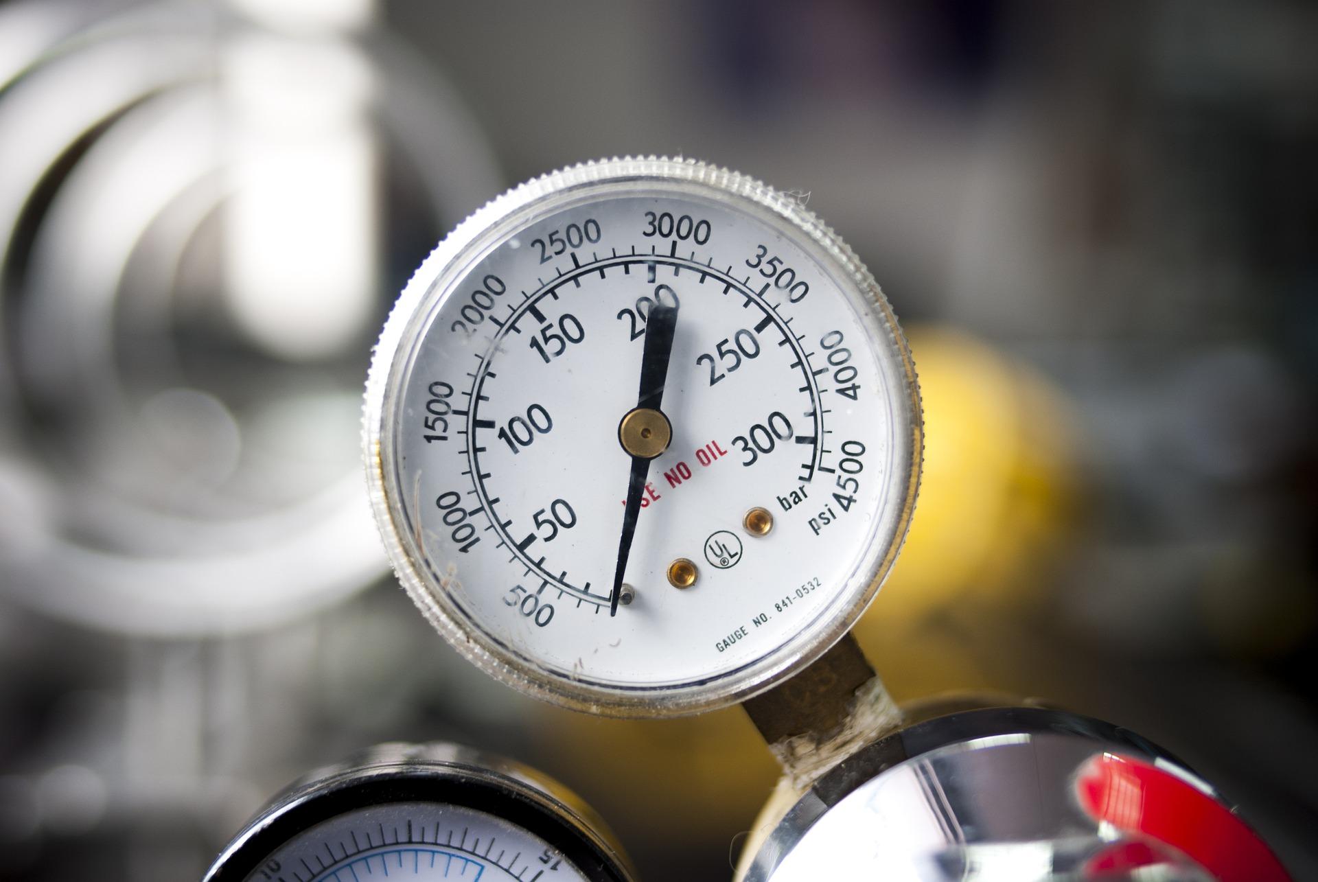 pressure-gauge-3109005_1920.jpg