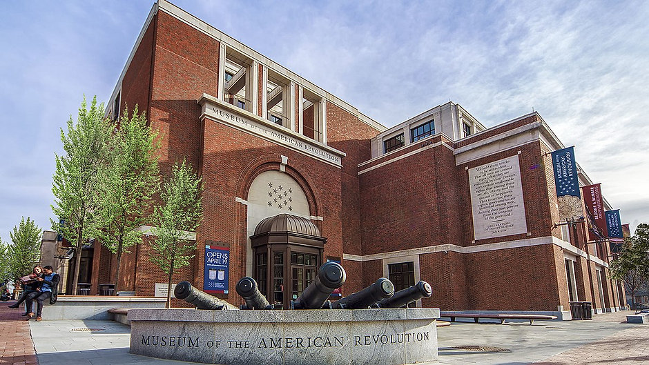1200px-Museum_of_the_American_Revolution