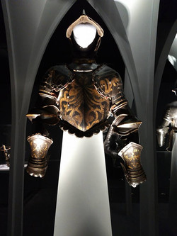 Papal Guard Armor (front)