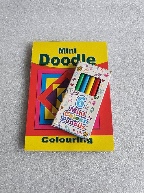 Mini colouring book + pencils