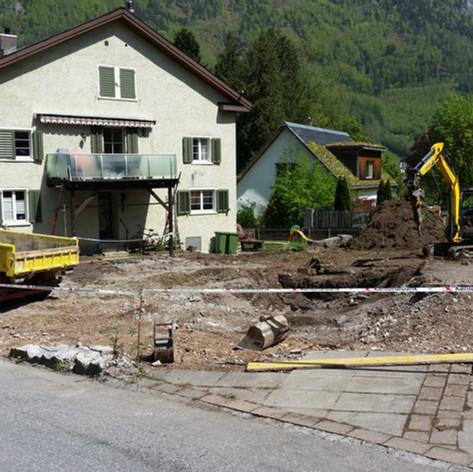 R. Oertli · Glarus · Tiefbau, Umgebungsarbeit, Abbruch, Lohnarbeiten, Bauarbeiten