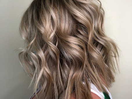 5 Ways You Can Get Vacation Glow Hair Just in Time for Summer | Radiate with Our Beauty Salon