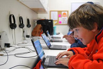 Student in computer lab Montessori On The Lake