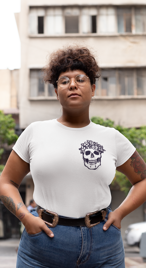 plus-size-mockup-of-a-woman-on-the-stree