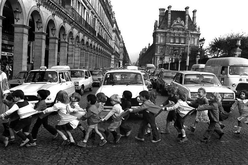 robert-doisneau-the-poetic-approach-to-s