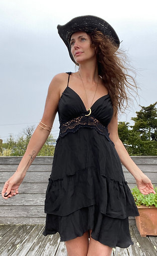 Flow Dress-Black