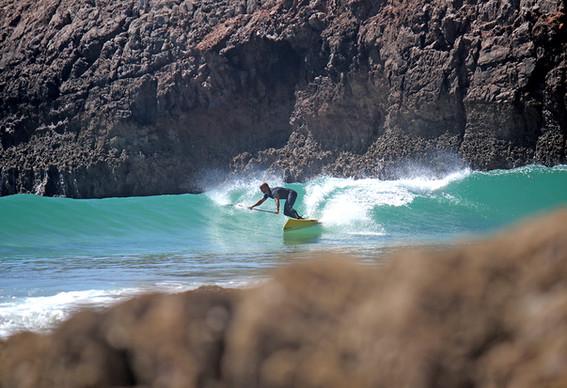 Zavial Surfer Miguel