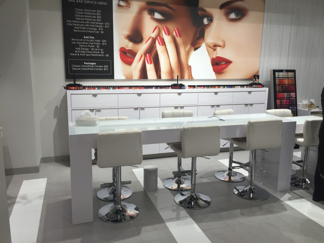 Custom Beauty Nail Bar